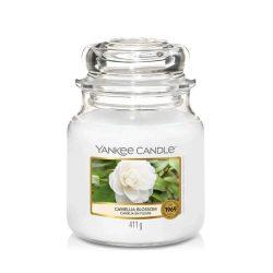 Yankee Candle Camellia Blossom közepes üveggyertya