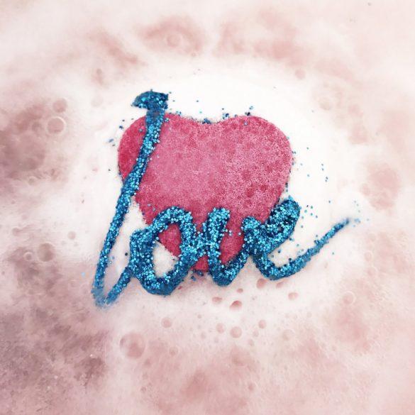 Bomb Cosmetics Éltető szerelem Fürdőgolyó